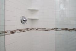 Knox Ave –Brightened Up Bathroom